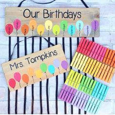 Teacher Signs Discover Balloon Birthday Chart and Name Sign Set - class birthdays - classroom decor - teacher gift Class Birthday Display, Family Birthday Board, Diy Birthday, Birthday Signs, Birthday Ideas, Happy Birthday, Student Birthdays, Family Birthdays, Teacher Classroom Decorations