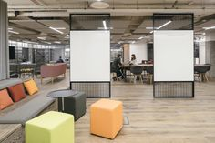EDGE has designed the offices of newly merged interactive agencies SapientRazorfish located in London, England.