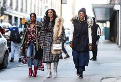The Best Street Style from New York Fashion Week — Fluff Magazine Stylish Winter Outfits, Winter Fashion Casual, Autumn Winter Fashion, Cool Outfits, Fall Winter, Winter Style, Modest Outfits, Spring Style, New York Fashion