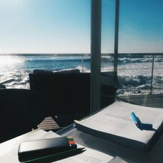 lawstudentlovestostudy:  fitlawblr:  Wednesday, October 15th  •• We decided to try a new study environment today. The sea brings me back home everytime, so relaxing   i need to study like this.. gosh
