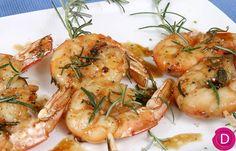 Γαρίδες καραμελωμένες με δεντρολίβανο. How To Cook Fish, Greek Recipes, Burritos, Shrimp, Food Porn, Meat, Cooking Fish, Gastronomia, Breakfast Burritos
