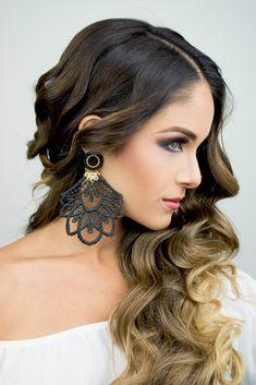 Black and Gold Chandelier Earrings. Braid Dangle Earrings, stament earrings, jewelry desings, long earrings, handmade jewelry.