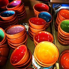 Did you know that #Mallorca has a pottery route? Ask us. #bestsouvenirs #ceramics #meettheartisan