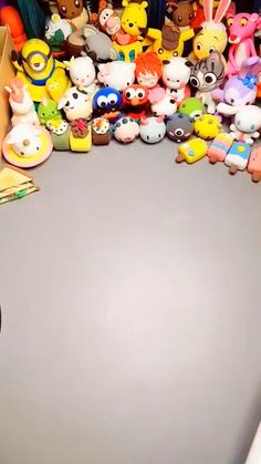 Polymer Clay Art, Polymer Clay Jewelry, Clay Crafts, Arts And Crafts, Fuwa Fuwa, Fondant Cake Tutorial, Light Clay, Clay Videos, Cute Clay