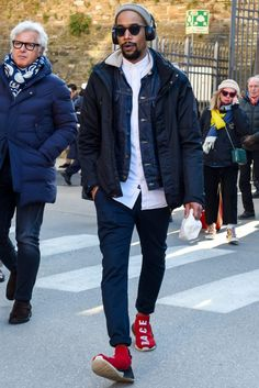 Flannel Fashion, Mens Fashion, Fashion Outfits, Mens Flannel, Men Looks, Black Men, Winter Fashion, Street Wear, Bomber Jacket
