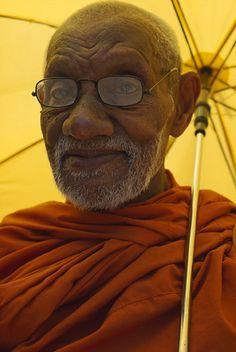 A #SriLankan Buddhist monk in traditional attire