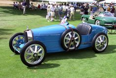 1926 Bugatti Type 35... One of the most winning cars in Motor Racing History I actually didnt know that bugatti has been around for that long!