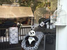 In vetrina #Stokkehome tanto bianco e nero!