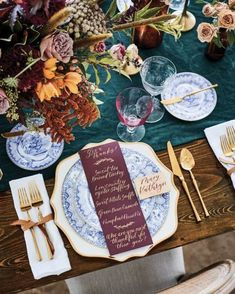 30 Thanksgiving Tablescapes + Inspiration - The Glam Pad Thanksgiving Table Settings, Thanksgiving Tablescapes, Holiday Tables, Dessert Table, A Table, Seasonal Decor, Fall Decor, Pumpkin Bundt Cake, Wine House