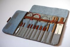 Knitting needle case, Circular needle case, Needle Organizer, Crochet case Stricknadel Rundstricknadel Nadel-Veranstalter von JesabelleB Always aspired to learn to knit, although not certain how . Knitting Blogs, Knitting Socks, Knitting Patterns Free, Knitting Projects, Giant Knitting, Fall Knitting, Knitting Charts, Crochet Patterns, Crochet Case