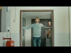 Heineken Walk-in fridge Cool Iphone 6 Cases, Video Advertising, Best Ads, Tv Ads, Walking, Man Vs, Tv Commercials, Marketing, Film