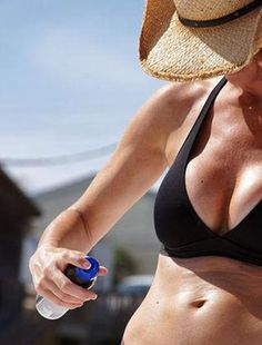 From the Expert: 7 Sunscreen Tips You Need To Know Now - BrazenWoman Homemade Sunscreen, Cosmetics Ingredients, Health Pictures, Glowy Skin, Younger Looking Skin, Beauty Recipe, Health Articles, Natural Cosmetics, Lab