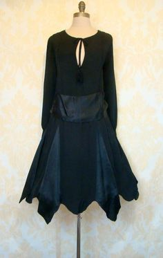 1920's Scalloped Hem Dress