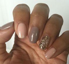 déco ongle gel couleurs naturelles avec accent #nail #decoration