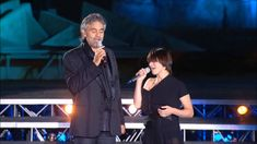 Andrea Bocelli - La Voce del Silenzio HD (live) - https://www.youtube.com/watch?v=5amxGT7blDE&list=RD5amxGT7blDE#t=41