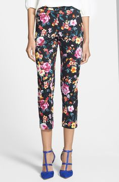 Such cute floral pants with pop of color heels!