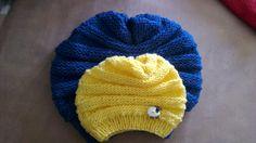 Hier findest du eine schöne und einfache Strickanleitung für eine Mütze in Wurmform - ein bequemes und kuscheliges Muster für Groß und Klein.