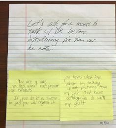 Yellow post its are Dylann's notes to his attorney.