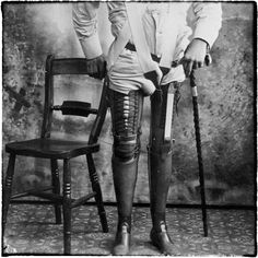 I would like to do a #PhotoShoot with #ProstheticLeg models but with #Victorian era limbs & #Eccentric #Tailoring ..