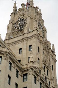 Parte Superior del Edificio Telefonica en Gran Vía MADRID