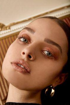 Those eyes though... MedusaStareSuperPhly