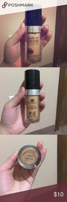 Makeup Forever Ultra HD Foundation Makeup Forever Ultra HD Foundation in the shade Y345. I have used this Foundation a few times but it barely has a dent in it and is basically full. Makeup Forever Makeup Foundation