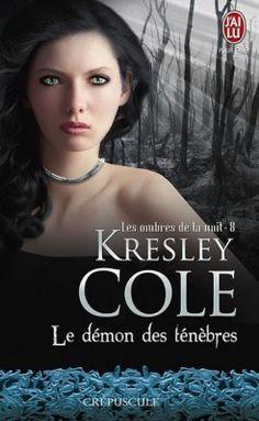 https://ecritureromances.wordpress.com/2016/04/14/les-ombres-de-la-nuit-t10-le-demon-des-tenebres-de-kresley-cole/ Les ombres de la nuit T10 Le démon des ténèbres de Kresley Cole