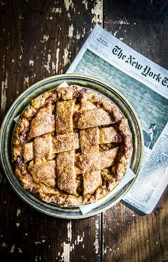 Four & Twenty Blackbirds, Salted Caramel Apple Pie | Issy Croker Photography