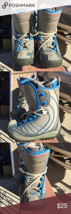 Snowboard boots.  Used.  Salomon. Salomon snowboard boots.  Used but in great condition. Unisex Salomon Shoes Winter & Rain Boots