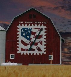 realize this is a quilt... but would love to paint something this graphic and this American on a barn.