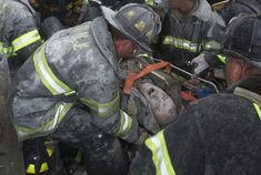 September Fireman Kevin Shea screams as he is rescued after the Twin Towers fell. We Will Never Forget, Lest We Forget, World Trade Center, 911 Twin Towers, 9 11 Anniversary, 11 September 2001, Day Of Infamy, Moslem, Bodies