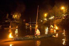 Festejo del día  y noche de muertos en la isla de Janitzio y lago de Patzcuaro, Michoacán, México.