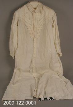 White Cotton Nightgown (1890)