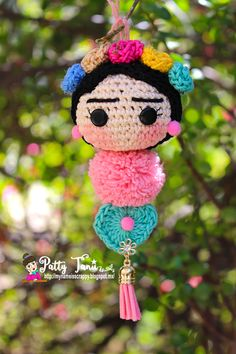 CROCHET FRIDA KAHLO - Scrapbook.com #fridakahlo #crochet