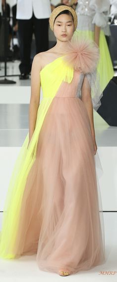 Delpozo Spring 2018 - image pinned from vogue.com