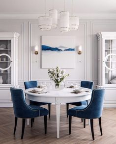 Add a splash of color to your living space with your wedding gift. Each day the painting will remind you of your special day and the love… Dining Nook, Dining Room Design, Dining Table, Home Decoracion, Dining Room Inspiration, Classic Interior, Dinner Room, Living Spaces, Sweet Home
