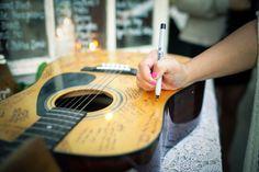 Genius idea for music lovers! {Apollo Fotografie}
