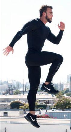 Workout Clothing Ideas For Cool Men Who Are Stunning 21 Moda Fitness, Sport Fashion, Fitness Fashion, Gym Fashion, Moda Academia, Gym Outfit Men, Estilo Fitness, Mens Tights, Gym Style