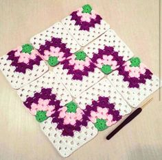 Transcendent Crochet a Solid Granny Square Ideas. Inconceivable Crochet a Solid Granny Square Ideas. Crochet Motifs, Crochet Quilt, Granny Square Crochet Pattern, Crochet Pillow, Afghan Crochet Patterns, Crochet Squares, Knitting Patterns, Granny Squares, Crochet Granny