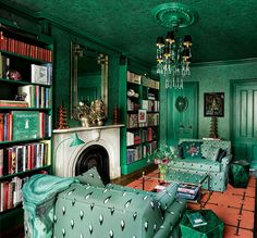 A Brooklyn Duplex Gets a Sophisticated Makeover Green Library, Jim Thompson Fabric, Interior Decorating, Interior Design, Monochrome Interior, Cole And Son, Green Rooms, Colour Schemes, Decoration