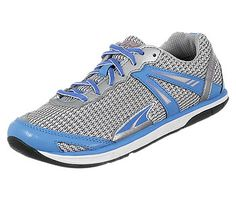 According to Runner's World's shoe guide, this is supposed to be my ideal shoe.