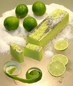 Sabonete artesanal natural                                                                                                                                                                                 Mais