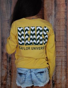 With this crazy Texas weather, it's good to have a cute long sleeve tee handy at all times!! Stay warm while representing Baylor! SIC 'EM BEARS!