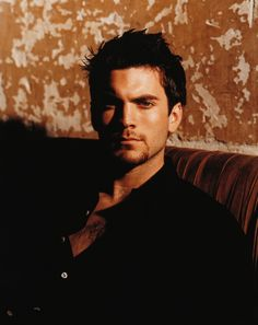 Wes Bentley.  So hawt he was almost able to make Seneca Crane a sympathetic character for me.  A very impressive feat, indeed.