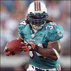 Pot smoking Ricky Williams - Miami Dolphins - RB Nfl Football Players ffb5b382d