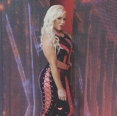 Dana Brooke Backstage of Monday Night Raw Wrestling Divas, Women's Wrestling, Dana Brooke, Wwe Women's Division, Wwe Wallpaper, Wwe Tna, Wwe Womens, Power Girl, Wwe Divas