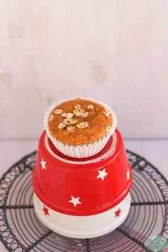 Bizcocho de avena y nueces (desayuno de domingo) - Pintando las nubes Tapas, Chocolate, Muffin, Cake, Desserts, Pastel, Food, Healthy Breakfast Meals, Health Desserts