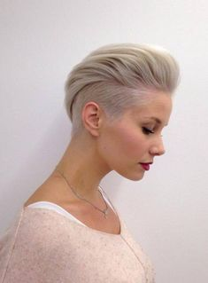 Naughty Pixie hairstyles for ladies. 30 Ideas Naughty Pixie hairstyles for ladies. 30 Ideas Short haircuts for women are more fashionable than ever, and in this post we present you some cheeky short hairstyles that are a total hit in Pixie Haircuts Short Hair Cuts For Women, Short Hairstyles For Women, Straight Hairstyles, Short Hair Styles, Short Haircuts, Blonde Hairstyles, Braid Styles, Undercut Women, Undercut Hairstyles