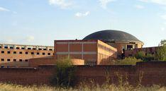Cúpula de la cárcel de Carabanchel, símbolo de la prisión madrileña - Portal Fuenterrebollo