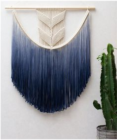 74 Schöne Wandbehang-Makramee-Ideen Hand Made , 74 Beautiful Wall Hanging Macrame Ideas Schöne Wandbehang-Makramee-Idee DIY. Macrame Cord, Macrame Knots, Macrame Curtain, Macrame Bag, Large Macrame Wall Hanging, Macrame Wall Hangings, Macrame Mirror, Yarn Wall Hanging, Diy Hanging